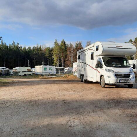 Hemma i husbilen hos Håkan och Carina